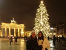 """BERLINO, Germania #2012. """"Il peggior tradimento che potete fare a voi stessi è non fare ciò per cui vi brillano gli occhi""""."""